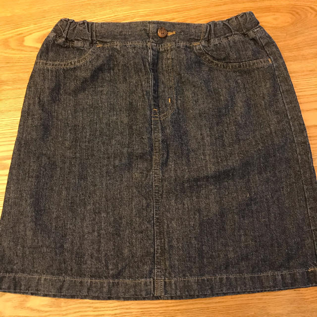 GU(ジーユー)のGU ミニスカート インディゴブルー 140cm キッズ/ベビー/マタニティのキッズ服女の子用(90cm~)(スカート)の商品写真