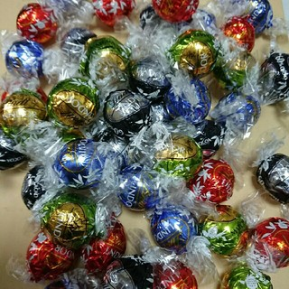 リンツ(Lindt)の72個 リンツリンドールチョコレート シルバーアソート(菓子/デザート)