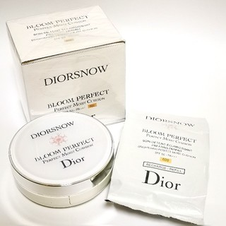 ディオール(Dior)の【Dior】 ディオール スノー ブルーム パーフェクト クッション ケース付き(ファンデーション)