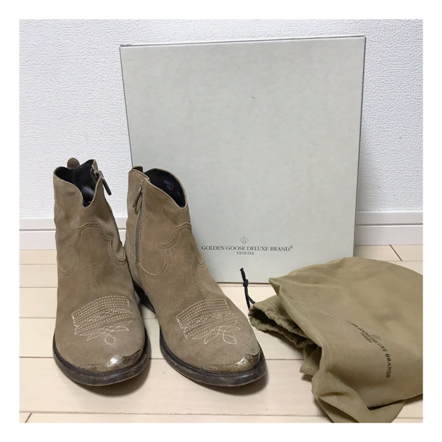 GOLDEN GOOSE(ゴールデングース)のGOLDEN GOOSE ゴールデングース ドィーズィエムクラス レディースの靴/シューズ(ブーツ)の商品写真
