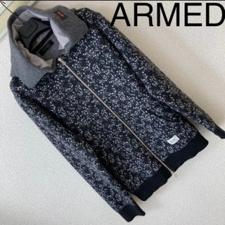 アームド(ARMED)の良品◆ARMED アームド◆度詰めニット 星柄 スター ジップアップ パーカー(パーカー)