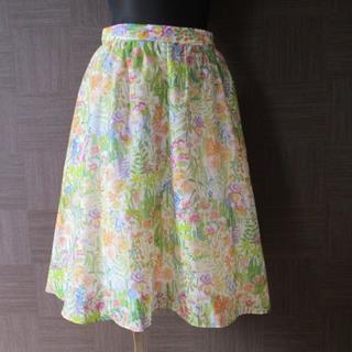 シップス(SHIPS)のシップス SHIPS 花柄 スカート 36 日本製 美品(ひざ丈スカート)