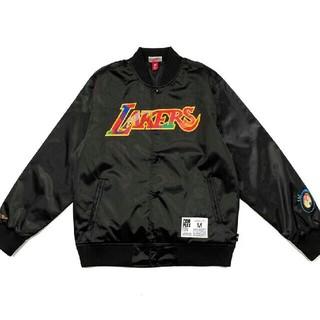 ミッチェルアンドネス(MITCHELL & NESS)のMitchell Ness Lakers ブラック ブルゾン M(ブルゾン)