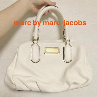 マークバイマークジェイコブス(MARC BY MARC JACOBS)のmarc by marc jacobsマークバイマークジェイコブス ハンドバッグ(ハンドバッグ)