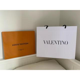 ヴァレンティノ(VALENTINO)のVALENTINO ヴァレンティノ ショッパー ヴィトンのおまけ付き(ショップ袋)