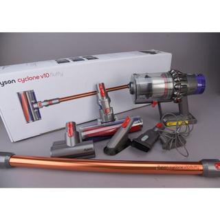 Dyson - 一部新品♡dysonv10 fluffy SV12FF ダイソンサイクロン掃除機
