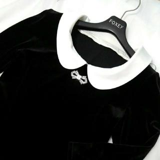 フォクシー(FOXEY)のFOXEYベロア白襟付きトップス38(カットソー(長袖/七分))