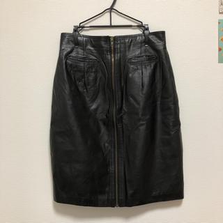 ロキエ(Lochie)のロキエ レザースカート 黒(ひざ丈スカート)