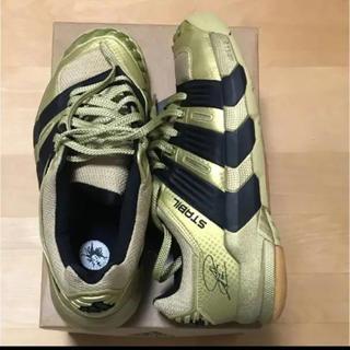 アディダス(adidas)の世界限定1000足 アディダス スタビル ゴールド ハンドボール(その他)