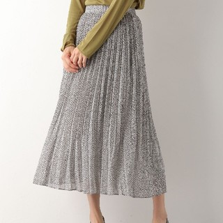 レプシィム(LEPSIM)のヘリンボーン柄スカート(ロングスカート)