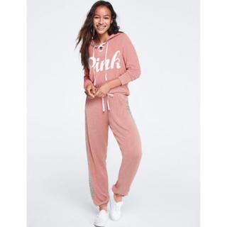 ヴィクトリアズシークレット(Victoria's Secret)のPINK ロゴ hoodie pants setup(セット/コーデ)