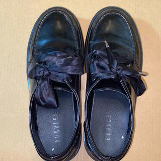 最終値下げ bubbles 厚底 靴 リボン(ローファー/革靴)