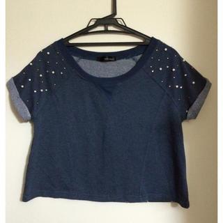 ミスティウーマン(mysty woman)のスエット素材 肩パール トップス(Tシャツ(半袖/袖なし))