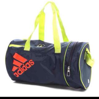 アディダス(adidas)の★新品★アディダスプールバック★ネイビー(その他)