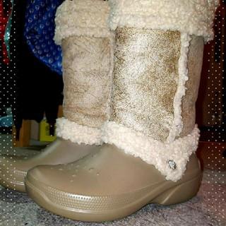 クロックス(crocs)の【中古品】crocs ブーツ(ブーツ)