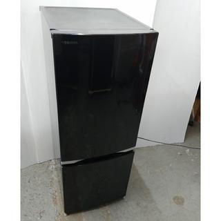 東芝 - 冷蔵庫 ブラック カットデザイン LED ガラス棚 大きめサイズ 東芝