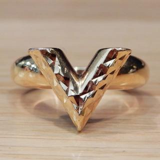 ルイヴィトン(LOUIS VUITTON)の良品 ルイヴィトン エセンシャル V ギヨーシュ リング ゴールド メタル(リング(指輪))