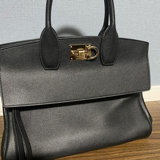 フェラガモ(Ferragamo)のフェラガモ bag(ハンドバッグ)