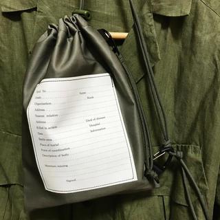 エンジニアードガーメンツ(Engineered Garments)の絶品 高級ギャバジン使用 パーソナルエフェクトバッグ サコッシュ (ショルダーバッグ)