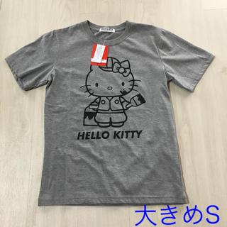 サンリオ - ☆新品タグ付き サンリオ キティ半袖Tシャツ S