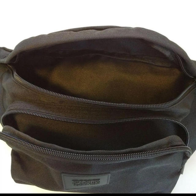 Victoria's Secret(ヴィクトリアズシークレット)のヴィクトリアシークレット ウエストポーチ レディースのバッグ(ボディバッグ/ウエストポーチ)の商品写真