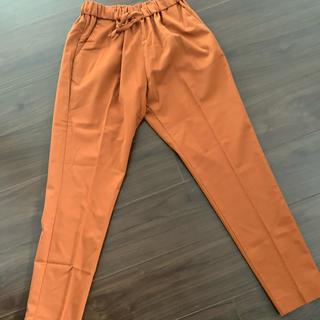 ドアーズ(DOORS / URBAN RESEARCH)のアーバンリサーチ パンツ お洒落 オレンジ サイズS(カジュアルパンツ)