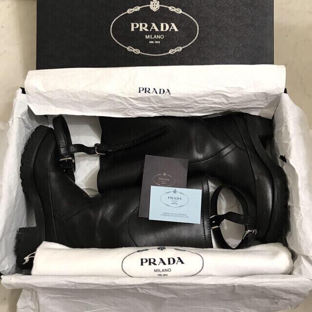 PRADA(プラダ)のPRADA エンジニアブーツ  レディースの靴/シューズ(ブーツ)の商品写真
