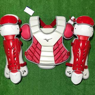 MIZUNO - ★新品未使用★ 一般ソフトボール用 キャッチャー プロテクター レガース 赤白