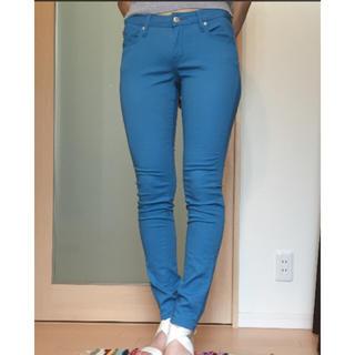 ジーユー(GU)の新品 GU カラーパンツ ブルー ズボン(チノパン)