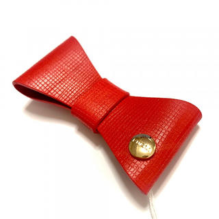 フルラ(Furla)の新品 リボン ブローチ 赤(ブローチ/コサージュ)
