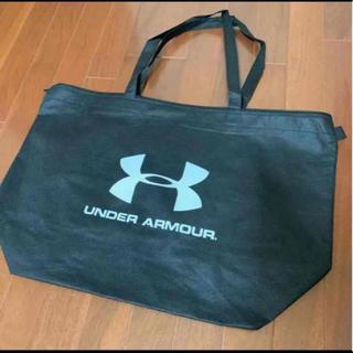 アンダーアーマー(UNDER ARMOUR)のアンダーアーマー 不織布袋 黒色 ショップ袋 トートバッグ エコバッグ(ショップ袋)