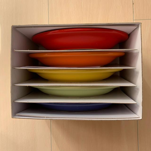 LE CREUSET(ルクルーゼ)のル・クルーゼ ミニオーバルプレート 5枚セット インテリア/住まい/日用品のキッチン/食器(食器)の商品写真