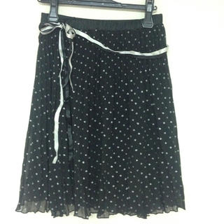 クレドソル(CLEF DE SOL)のドット柄プリーツスカート(ひざ丈スカート)