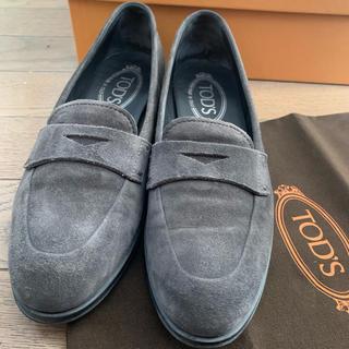 トッズ(TOD'S)の美品 トッズ コインローファー 36.5 23.5cm(ローファー/革靴)
