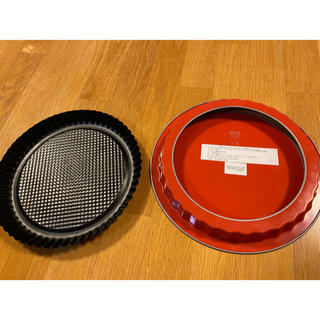 イケア(IKEA)のIKEA イケア パイ皿 未使用 赤 パイ プレート お菓子道具 タルト 2点(調理道具/製菓道具)