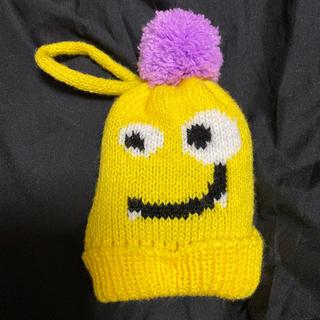 カルディ(KALDI)のKALDIモンスターオーナメントニット帽(黄色)(キャラクターグッズ)