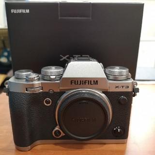 富士フイルム - FUJIFILM X-T3シルバー (ボディのみ)