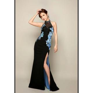 エンジェルアール(AngelR)のIRMAイルマ♡フラワー刺繍ビジューホルターネックアメスリロングドレス(ロングドレス)