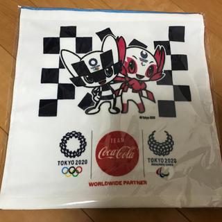 コカコーラ(コカ・コーラ)の東京2020デザイン ハンドタオル3種(タオル/バス用品)