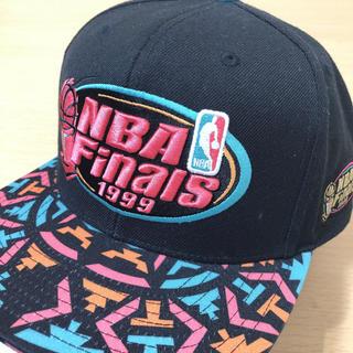 ミッチェルアンドネス(MITCHELL & NESS)のレア 希少 NBA Finals 1999 CAP 帽子 キャップ レイカーズ(キャップ)
