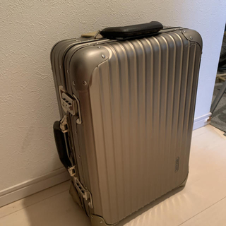RIMOWA - 早い者勝ち!リモワ  トパーズ プレミアム 35L  スーツケース