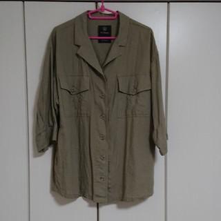 ダブルクローゼット(w closet)のw closet シャツ(シャツ/ブラウス(半袖/袖なし))