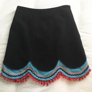 Lily Brown - リリーブラウン スカラップ台形切り替えスカート