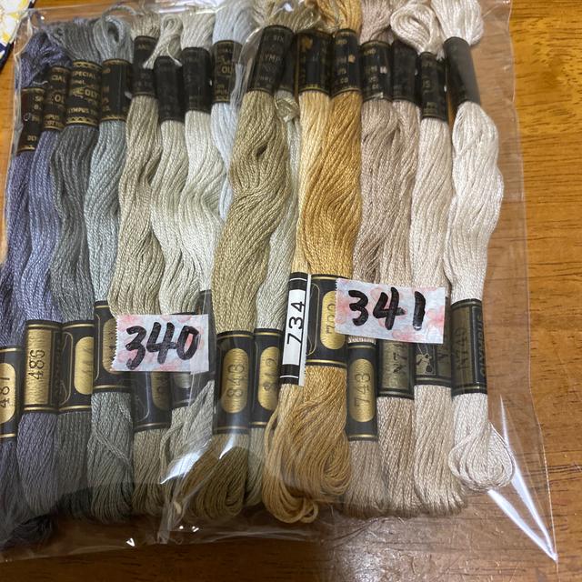 OLYMPUS(オリンパス)のオリムパス刺繍糸 340 ハンドメイドの素材/材料(生地/糸)の商品写真
