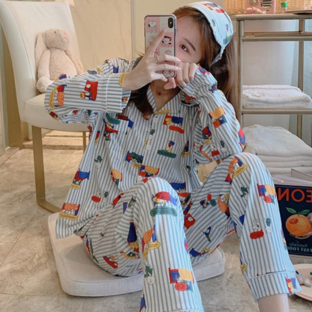 SNOOPY(スヌーピー)のスヌーピー セットアップ 新品 パジャマ ルームウェア 長袖 レディース レディースのルームウェア/パジャマ(パジャマ)の商品写真