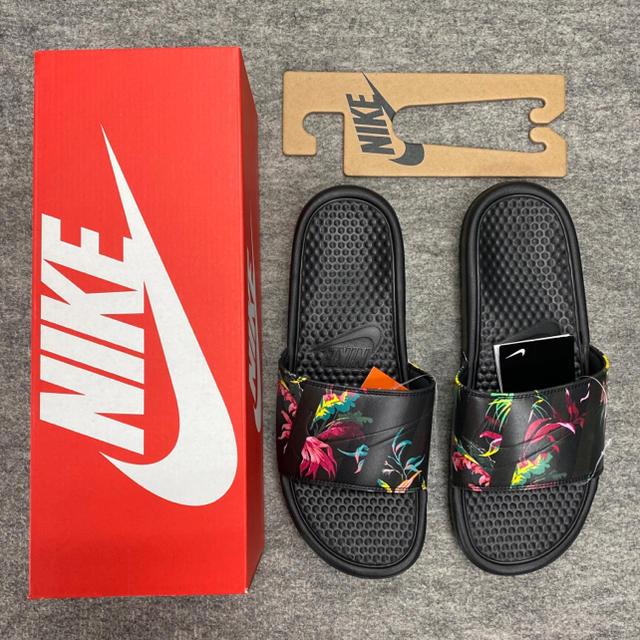 NIKE(ナイキ)のナイキ ベナッシ サンダル NIKE シャワーサンダル メンズの靴/シューズ(サンダル)の商品写真