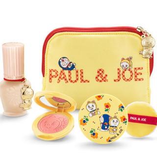 ポールアンドジョー(PAUL & JOE)のPAUL&JOE  ドラえもんコラボ クリスマスコフレ(コフレ/メイクアップセット)