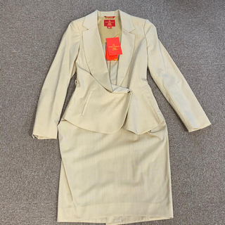 ヴィヴィアンウエストウッド(Vivienne Westwood)のヴィヴィアンウエストウッド イタリア製スーツ(スーツ)