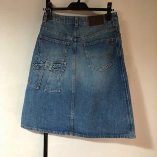 ジェーンマープル(JaneMarple)の【未使用】ドンルサロン デニムスカート Sサイズ(ひざ丈スカート)