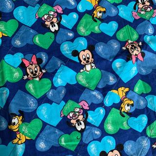 ディズニー(Disney)のベビーミッキー ラグ(ラグ)